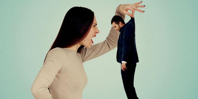 Apakah Kamu Termasuk 5 dari Tanda-Tanda Suami Takut Istri