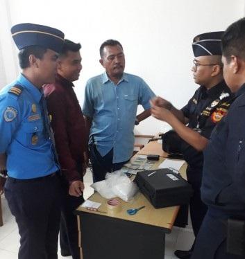 Dua Calon Penumpang Lion Diciduk Avsec Bandara SSK II Pekanbaru Gagalkan Penyelundupan 2 Kg Sabu