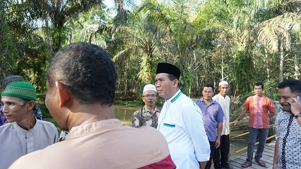 Malaysia Hasilkan 56 Jenis Olahan, Riau di Bawah 10, Ini Rencana Besar Firdaus untuk Sawit dan Karet