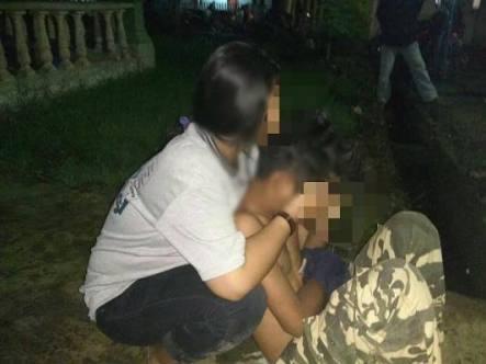 Sepasang Sejoli Tertangkap Warga Tanjung Harapan Karena Mencuri Helm Di Halaman Rumah Warga
