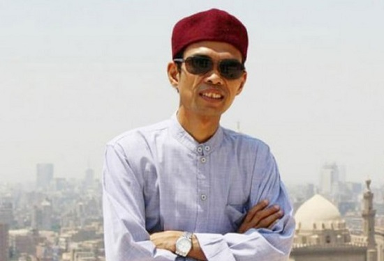 Ahad Ini, UAS Akan Isi Tabligh Akbar Tentang Pilkada Riau