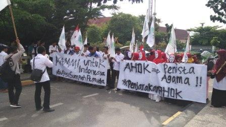 Peringati Sumpah Pemuda, KAMMI Gelar Aksi di DPRD Riau