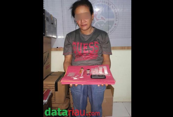 Jual Narkoba, Seorang Ibu di Inhu Diciduk Polisi