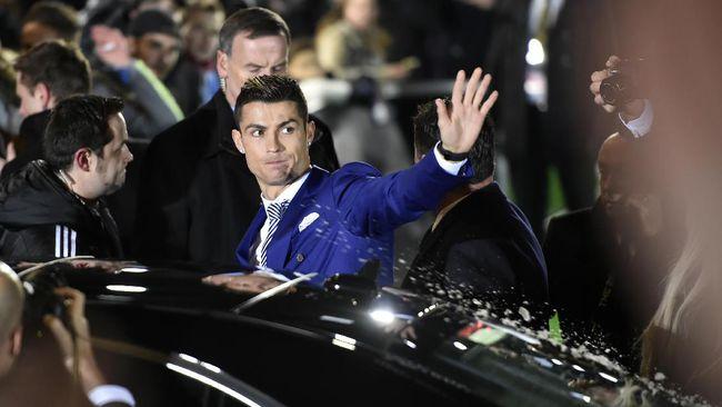 Lewat Kawan Karib, Ronaldo Ungkap Keinginan Pulang Kampung