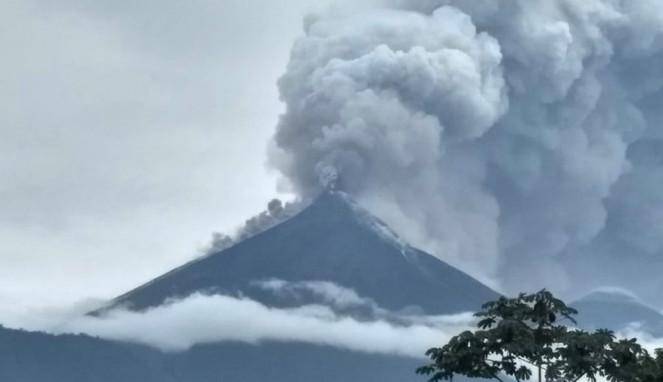 Gunung Berapi Fuego Meletus, Puluhan Meninggal Dunia