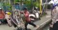 Cerita Pria Ngamuk Banting Motor Gegara Ditilang di Riau